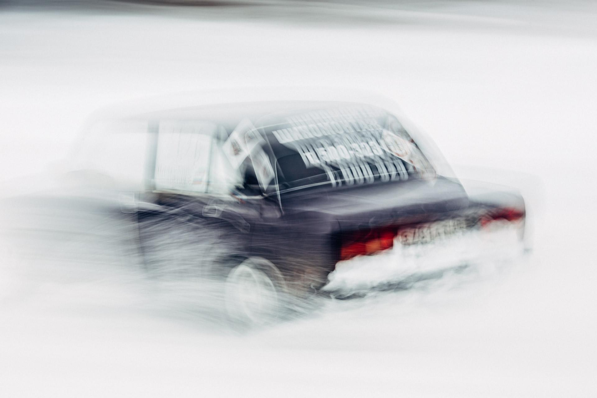 Зимний автокросс в городе Вельске