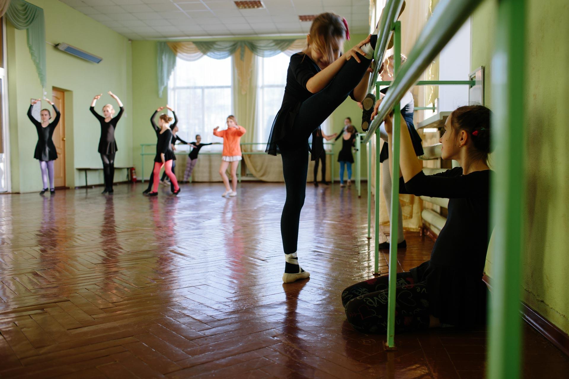 На репетициях студии классического балета в Вельске