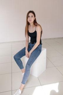 Альбом 20. Аня, несколько фотографии в студии